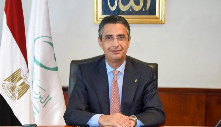 الدكتور شريف فاروق رئيس هيئة البريد