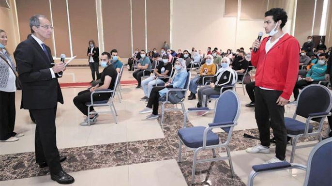 وزير الاتصالات يلتقي طلاب بناة مصر الرقمية