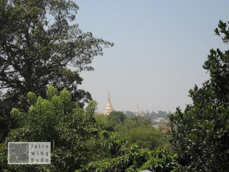 Blick auf die Shwedagon Pagode
