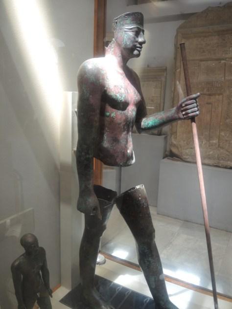 Kupferstatuen des Pharaos Pepi I. (2.250 v. Chr.)