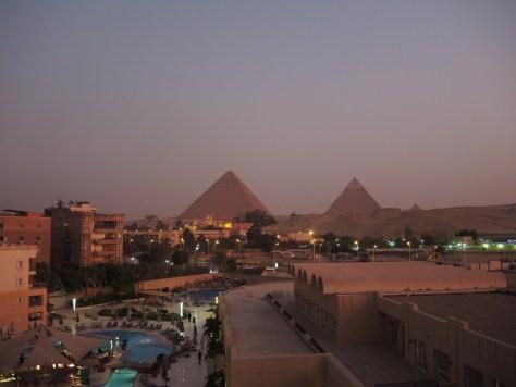 Pyramiden im Abendrot
