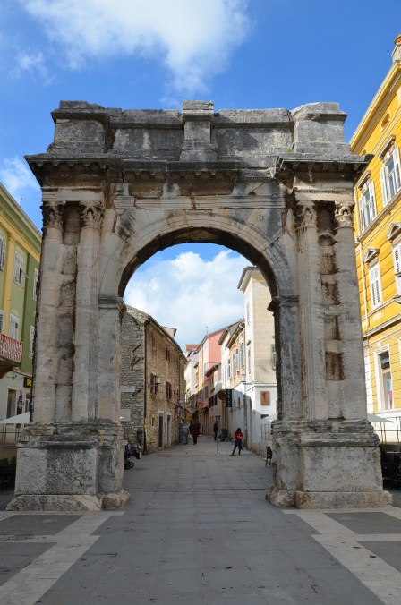 Arch of the Sergii, Pula © Carole Raddato