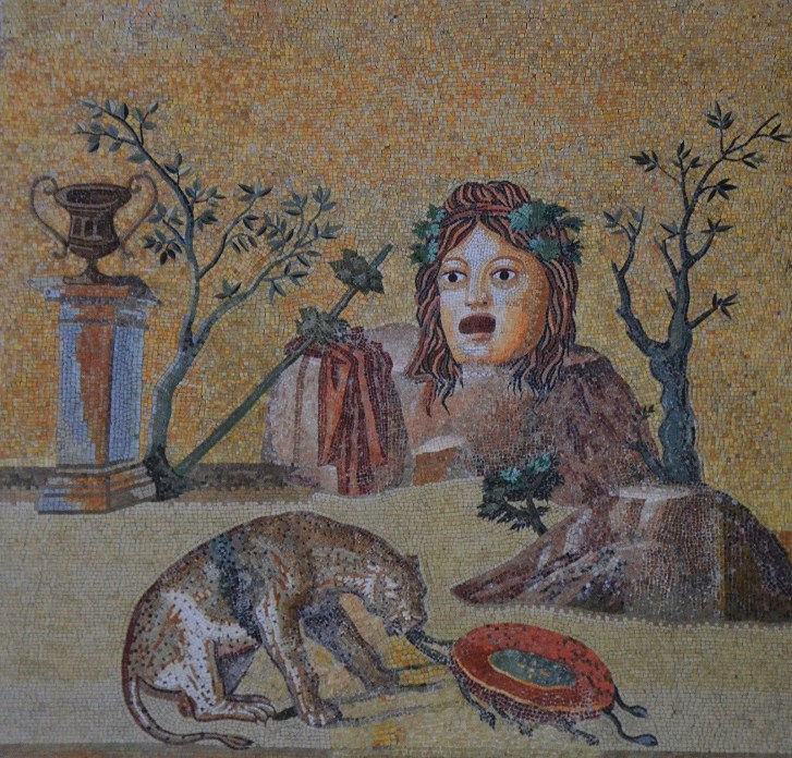 Mosaic with theatrical mask surrounded by attributes of Dionysus, from Hadrian's Villa, Sala a Tre Navate, Gabinetto delle Maschere, Musei Vaticani