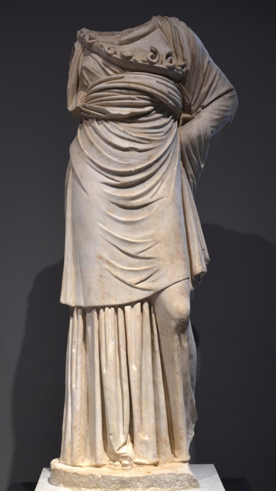Headless statue of Athena of a Vescovali-Arezzo Type (modelled on a bronze prototype of the 4th century BC, from the portico of the pecile at Hadrian's Villa, 138 - 150 AD, Palazzo Massimo alle Terme, Rome