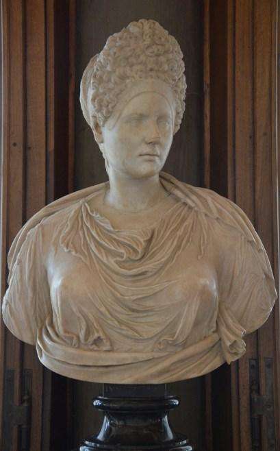 Portrait of Vibia Sabina (?) with a Flavian hairstyle, Galleria degli Uffizi, Florence