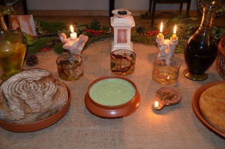 Gustatio: Moretum (Herb Cheese Spread) Columella, De re rustica Book XII / Panis (Bread)
