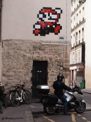 super mario invader, street art