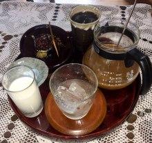 Refreshments at Shibata's house near Funatsu, Iseji route