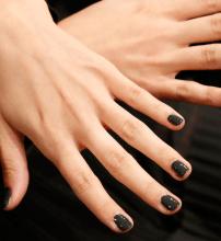 nail-trends-fw13-dark-nail-fyb-6