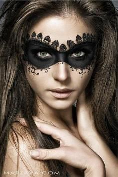 halloween-make-up-sexy-lace