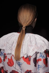 tendenza-capelli-2016-fashion-week-coda-di-cavallo-hair-trend-pony-tail