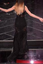 Sanremo 2013 le pagelle di eli following your passion - Lezioni di portamento ...