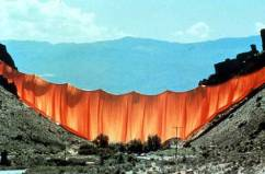 CHRISTO AND JEANNE-CLAUDE Valley Curtain 1972 (USA)