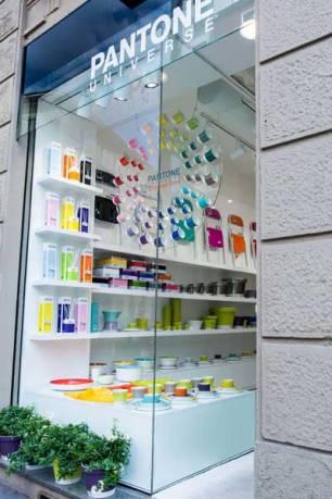 PANTONE-Concept-Store-2