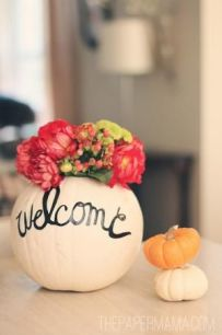 fall-diy-little-pumpkins-welcome