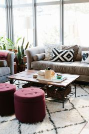 marsala-interior-design-arredamento-pantone-pouff