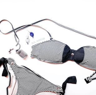 flatlay-consigli-instagram-come-fotografare-bikini-primark-insta-yourpassion