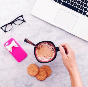 flatlay-consigli-instagram-come-fotografare-cappuccino-insta-yourpassion