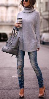 autunno-tempo-di-maglioni-come -abbinarli-maglione-oversize-collo-alto-putfit-skinny
