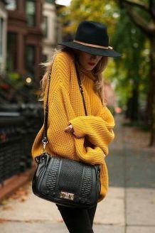 autunno-tempo-di-maglioni-come -abbinarli-maglione-oversize-giallo-senape