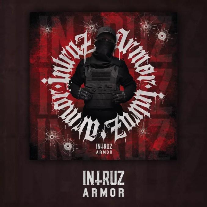 Intruz Armor okładka