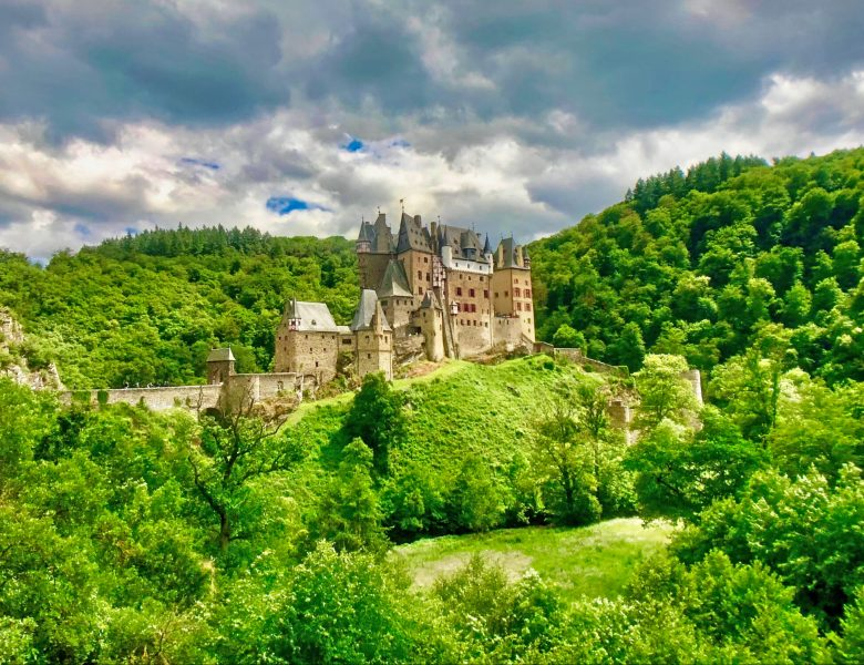 Eltz Castle – Photographic Tour of Magical Burg Eltz in Germany