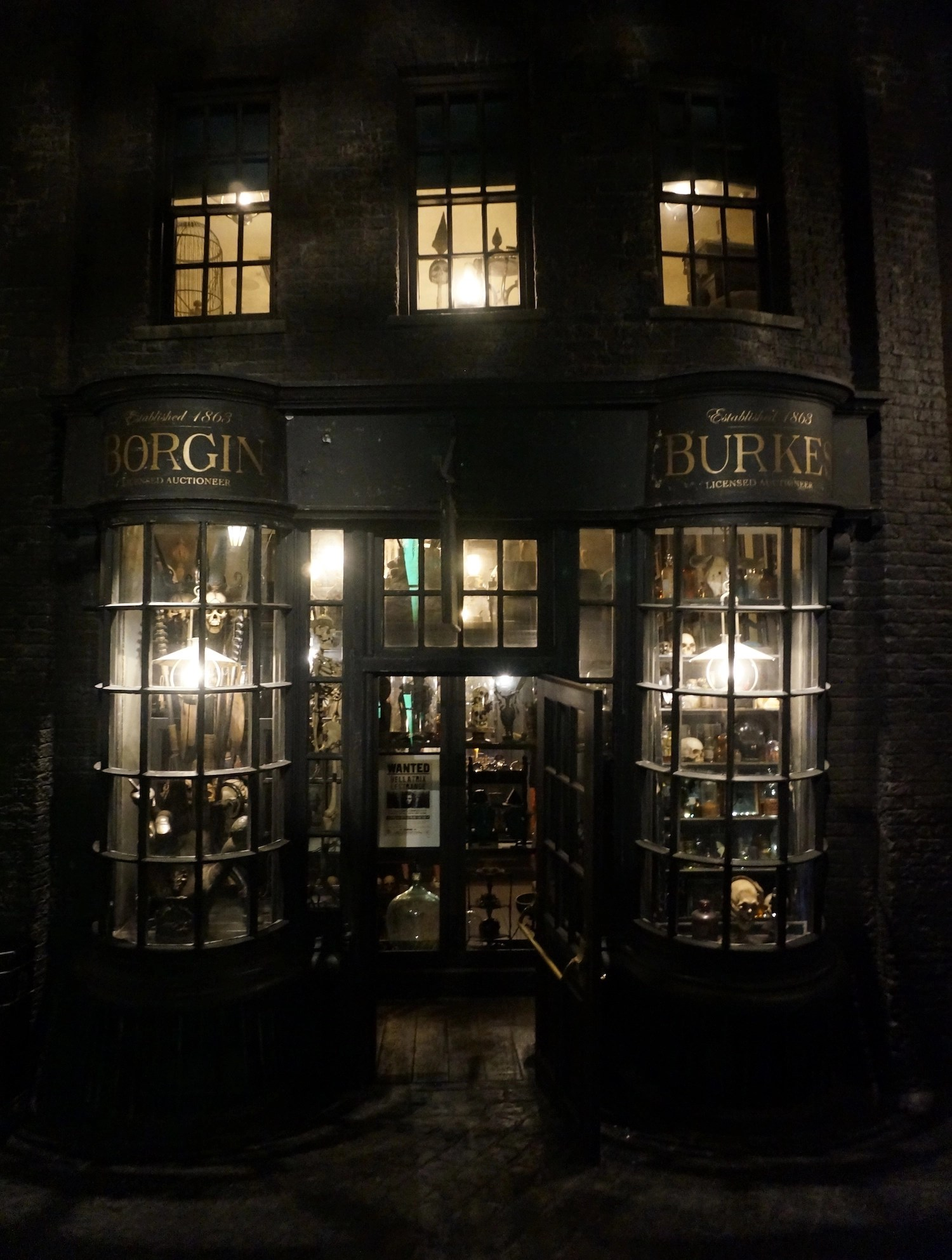 Wizarding World Orlando - Knockturn Alley