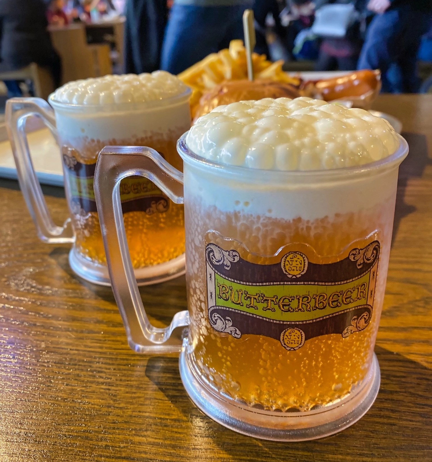 Harry Potter Studio Tour - Backlot Cafe - Butterbeer