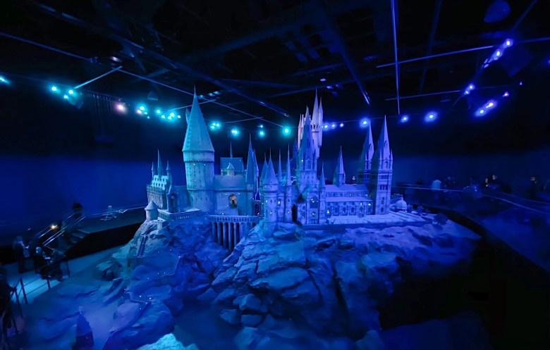 WB Studio Tour - Entrance to Hogwarts