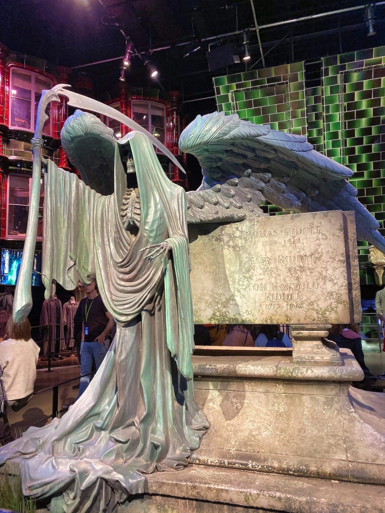 Harry Potter Studio Tour - Riddle's Tomb