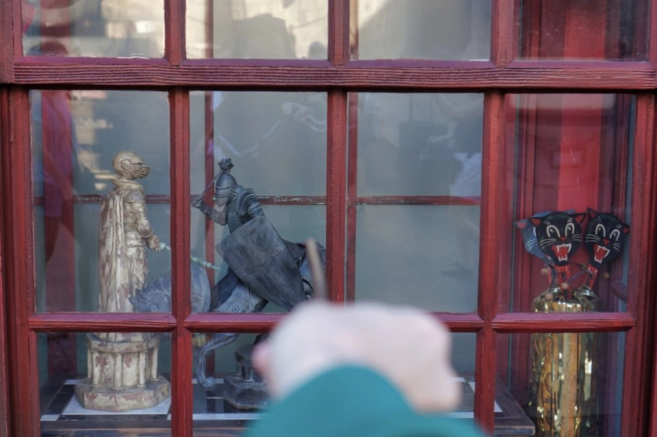 Virtual Visit to Wizarding World - Interactive Wands