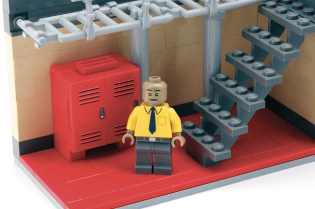 follow-the-colours-breaking-bad-Citizen-Brick-03