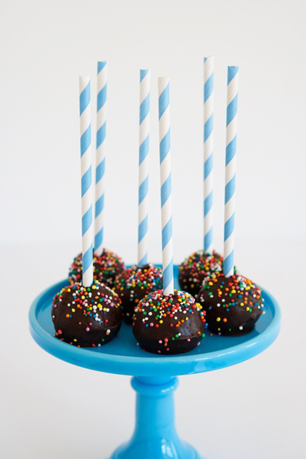 follow-the-colours-canudos-straw-vintage-cakepops