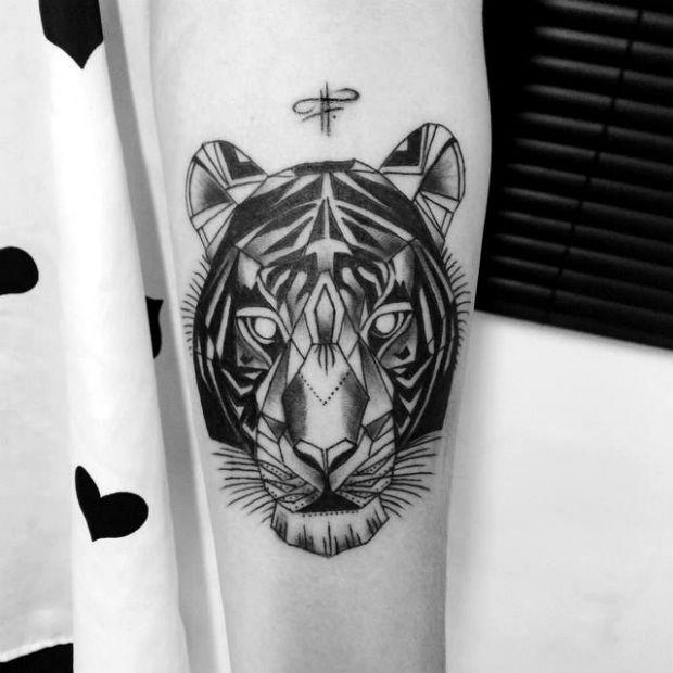 follow-the-colours-fernanda-prado-tattoo-friday-03