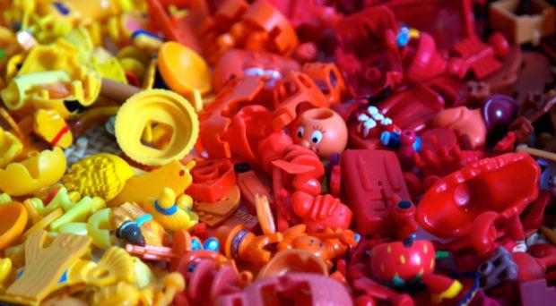 follow-the-colours-kinder-pantone-04