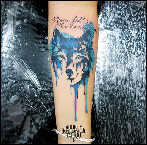 tattoo aquarela Audrey Hermanstadt lobo