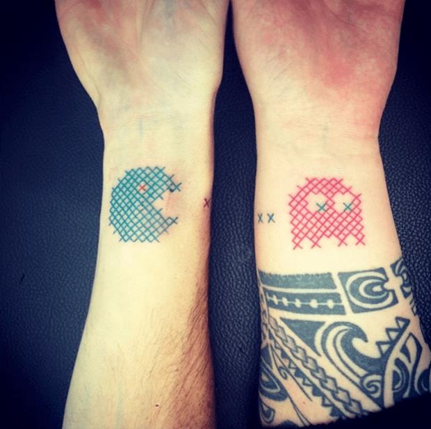 tatuagem ponto cruz Mariette pacman