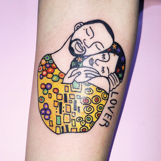 Kim Michey tatuagem tattoo o beijo