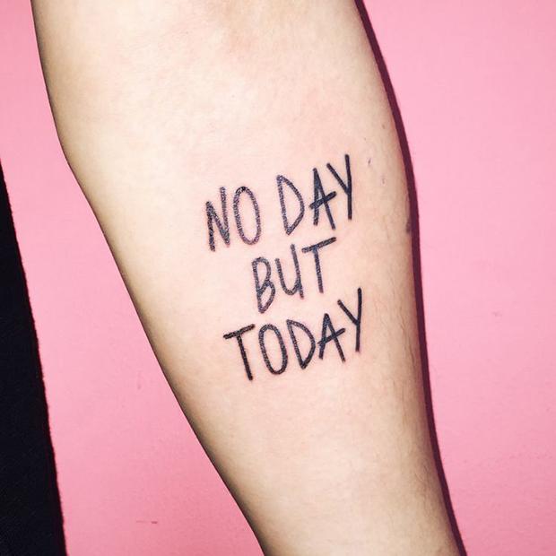 Kim Michey tatuagem tattoo no day but today
