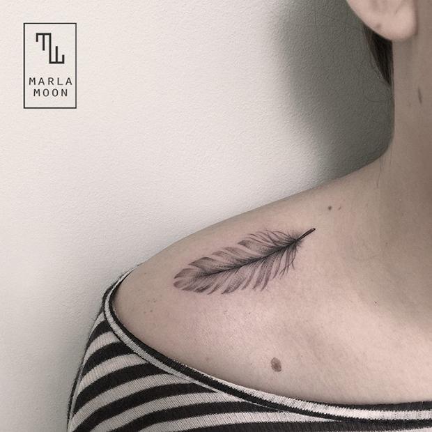 tattoo tatuagens linhas finas marla moon pena