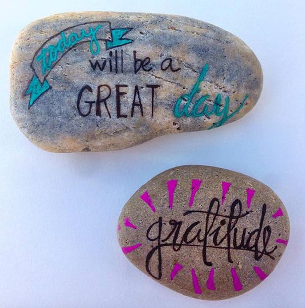 pedras projeto word rocks gratitude