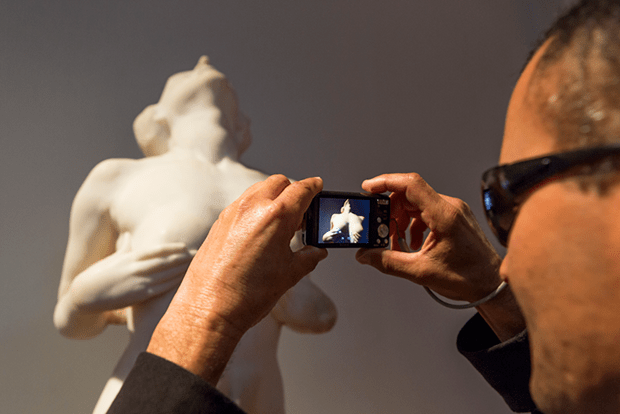 exposicão Transver Gabriel Cardosored pinacoteca
