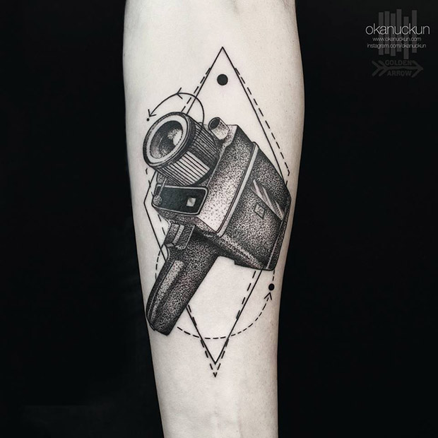 minimalismo geometria okan uckun tattoo
