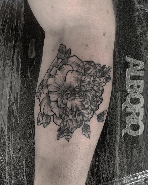 follow-the-colours-albqrq-tattoo-blackwork-06