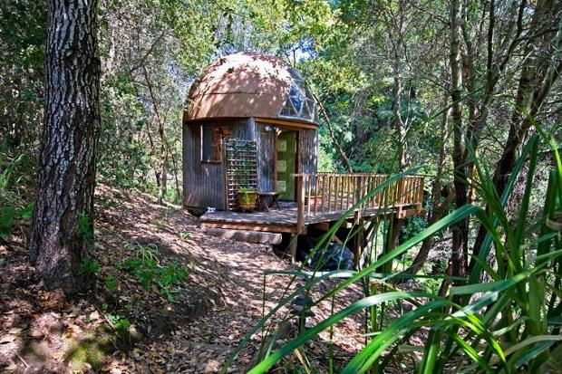 mushroom-dome-cabin-airbnb