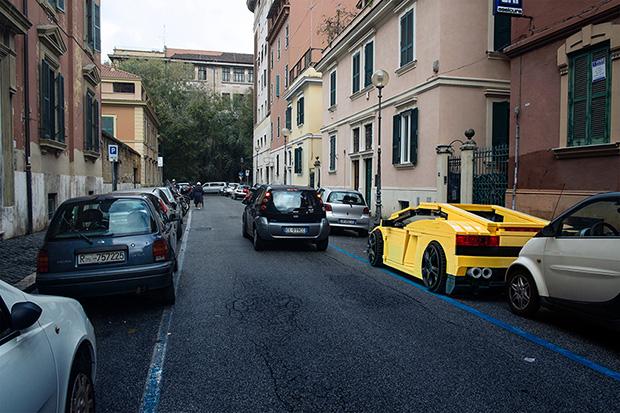 follow-the-colours-domenico-franco-carros-lego-roma-01