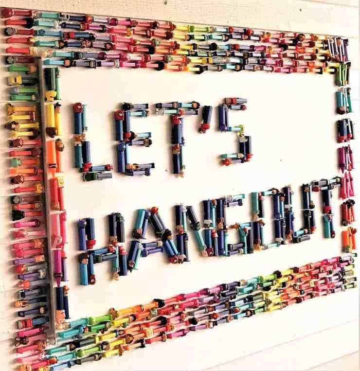 The Hangout - Pez Sign