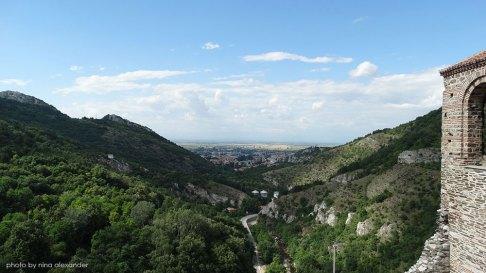 Assens-fortress-bulgaria-view-to-assenovgrad