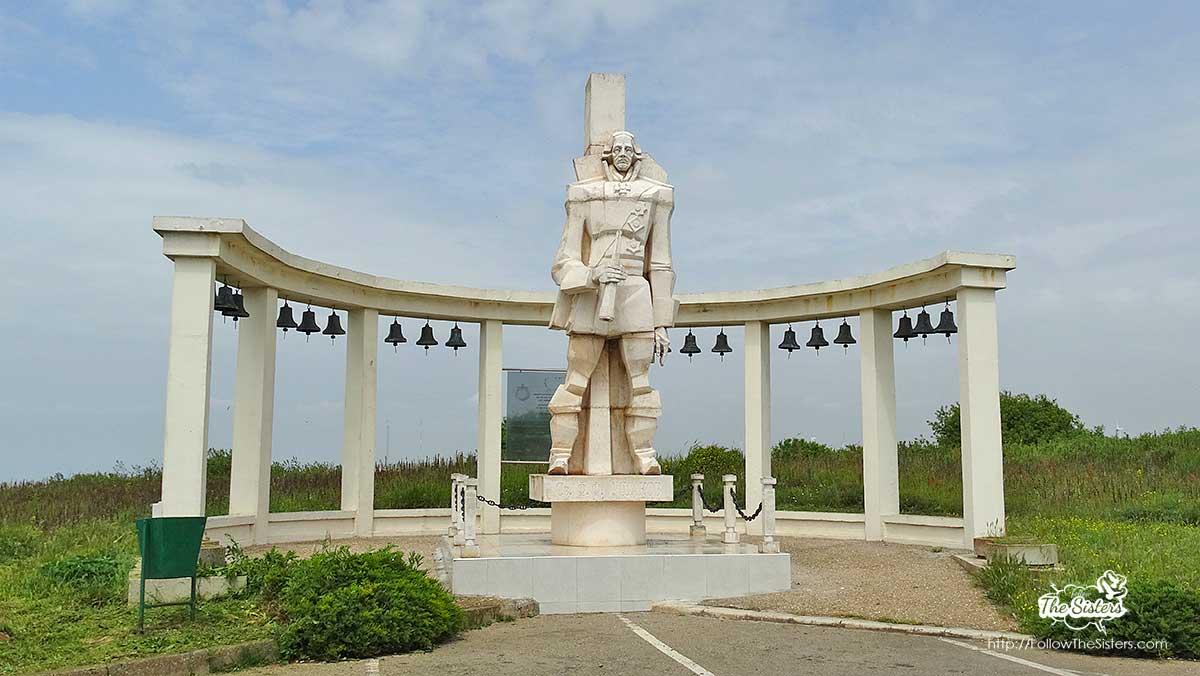 A monument of Gen. Ushakov at Cape Kaliakra