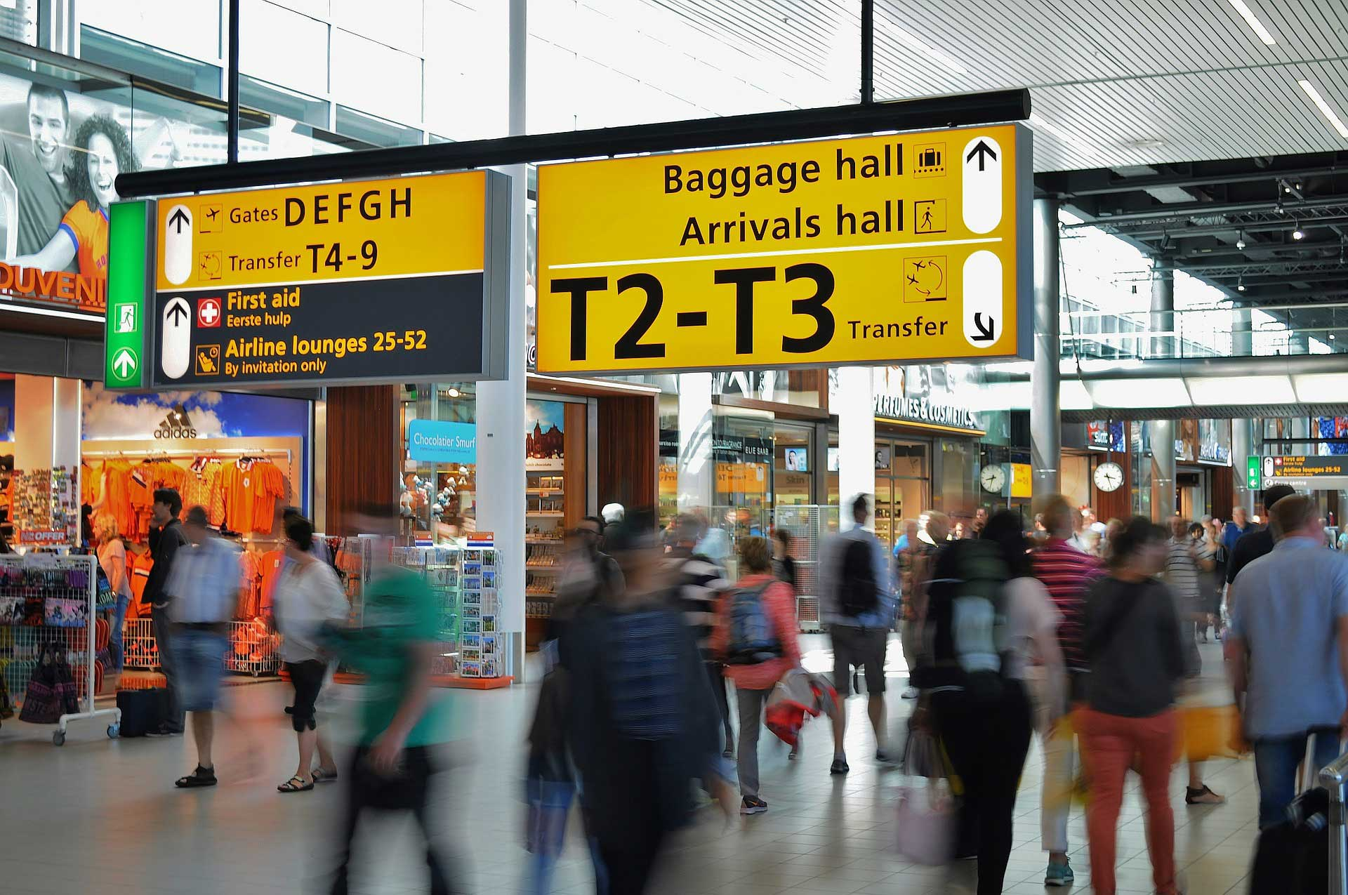 How to win against long passenger queues in airports